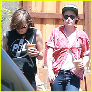 Kristen Stewart & Alicia Cargile Hang Out Amid Dating Rumors