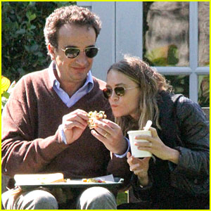 So Cute, Mary-Kate Olsen Eats Out of Beau Olivier Sarkozy's Hands