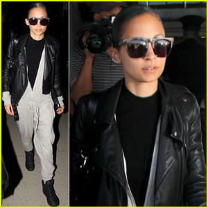 Nicole Richie Rocks a Grey Zip Up Onesie Jumpsuit For Her Flight