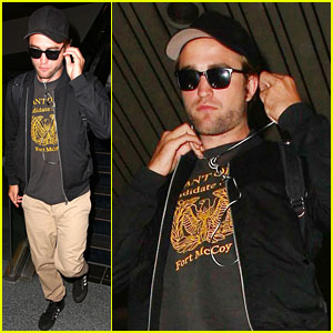 Robert Pattinson Heads to L.A. Amid FKA Twigs Dating Rumors