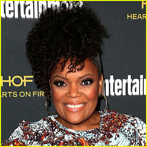 Yvette Nicole Brown Leaving 'Community' to Care for Sick Father