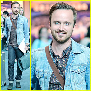 Aaron Paul Looks For the Best Pizza in Vancouver Before Shooting '9th Life of Louis Drax'