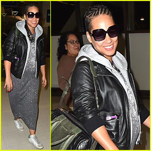 Pregnant Alicia Keys Can't Help Gushing About Husband Swizz Beatz