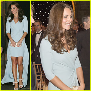 KATE MIDDLETON Hides Small Baby Bump with Clutch at Wildlife.