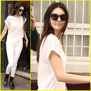 Kendall Jenner Shows Us How Mom Kris Grooves In the Car - Watch Now!