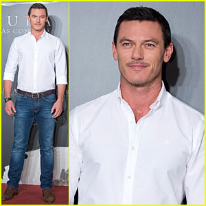 Luke Evans First Experienced Dracula on 'Sesame Street'