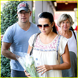 Matt Damon Joins His Wife & Mom for 44th Birthday Lunch