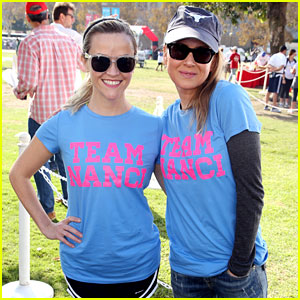 Reese Witherspoon & Renee Zellweger Join Team Nanci at ALS Walk