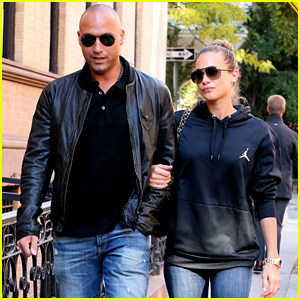 Derek Jeter & Girlfriend Hannah Davis Walk Arm-in-Arm in NYC