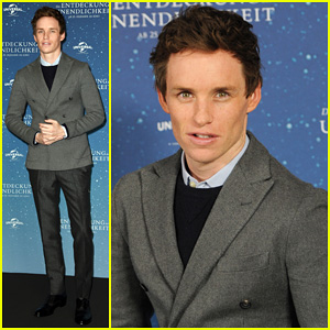 Eddie Redmayne Gets Praised By Stephen Hawking For His Portrayal in 'Theory of Everything'