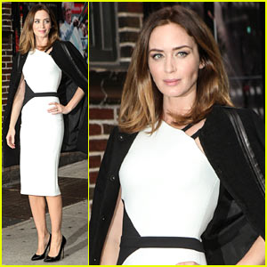 Emily Blunt Says John Krasinski Cried During 'Into the Woods'!