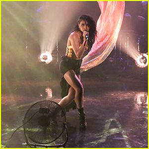 FKA twigs Makes U.S. Television Debut on 'Fallon' - Watch Now!
