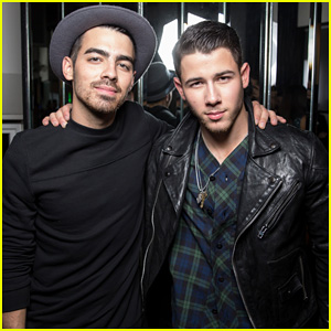 Nick Jonas Hits The Stage at 'Flaunt' Mag Cover Party & Performs His New Songs - Watch The Videos Here!
