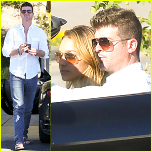 Robin Thicke & 19-Year-Old Model Girlfriend April Love Geary Take Malibu Cruise After Thanksgiving