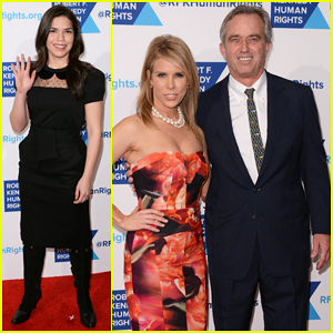 America Ferrera, Cheryl Hines, & More Help Honor Robert De Niro at Ripple of Hope Awards Dinner 2014