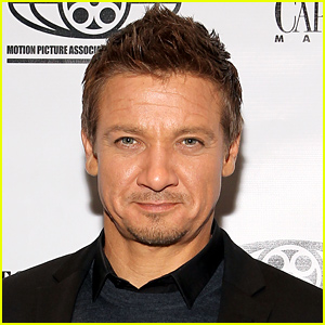 Jeremy Renner & Wife Sonni Pacheco Split After 10 Months