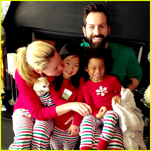 Katherine Heigl & Her Family Wear Matching Christmas Jammies