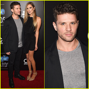 Ryan Phillippe & Girlfriend Paulina Slagter Heat Up the Red Carpet at People Mag Awards 2014!