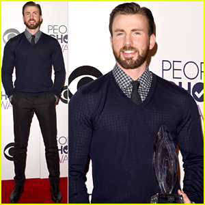 Chris Evans Wins Favorite Action Movie Actor at the People's Choice Awards 2015!
