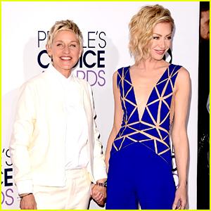 Ellen DeGeneres & Portia de Rossi Hold Hands at the People's Choice Awards 2015!