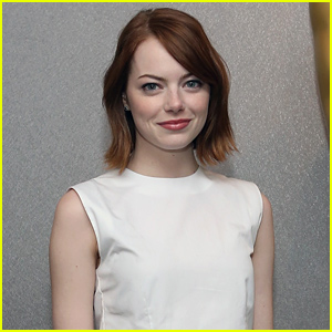 Emma Stone Reacts to Her Oscar 2015 Nomination In the Funniest Way!