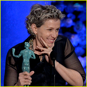 Frances McDormand Tells People to Stream Her Movie During SAG Awards 2015 Acceptance Speech (Video)