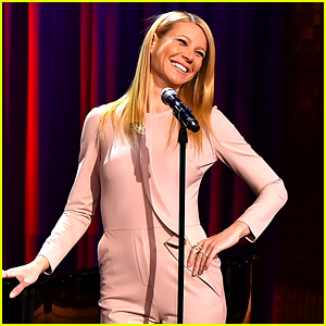Gwyneth Paltrow Sings Broadway Versions of Rap Songs!