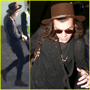 Harry Styles' First Tweet in 2015 Was All About Burgers