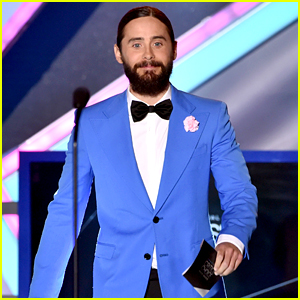 Jared Leto Did an Awards Show No-No at Critics' Choice Awards