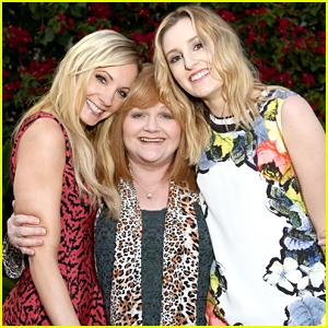 Joanne Froggatt & Laura Carmichael Have a 'Downton Abbey' Moment!