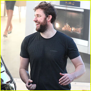 John Krasinski Shows Off His Full Beard After Working Out