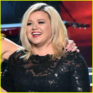 Kelly Clarkson Reveals Title & Date of Next Single: 'Heartbeat Song'!