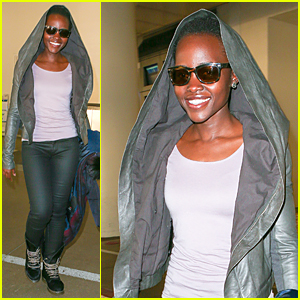 Lupita Nyong'o Jets Out of LAX Airport Right Before Golden Globes 2015