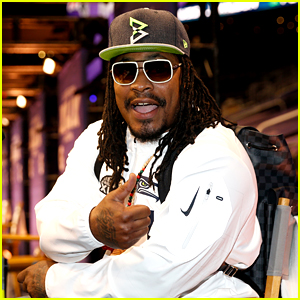 Marshawn Lynch Interview Video: 'I'm Here So I Won't Get Fined'