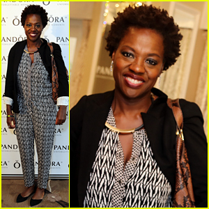 Viola Davis & 'Murder' Cast Go Gifting Before Golden Globes
