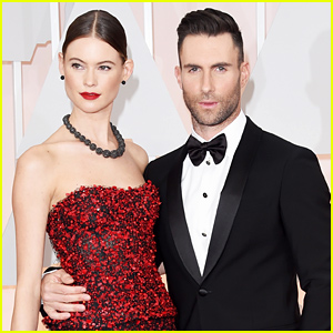 Adam Levine & Behati Prinsloo Are One Hot Couple at the Oscars 2015
