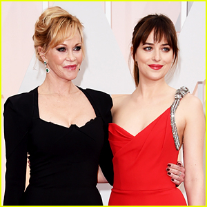 Dakota Johnson Jokingly Snaps at Mom Melanie Griffith on Oscars Red Carpet (Video)