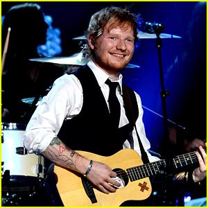 Ed Sheeran Performs at Grammys 2015 with John Mayer (Video)