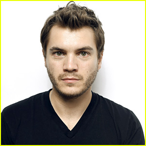 Emile Hirsch Charged with Felony Assault on Female Film Executive