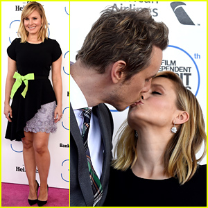 Kristen Bell & Dax Shepard Share a Kiss at the Spirit Awards 2015!