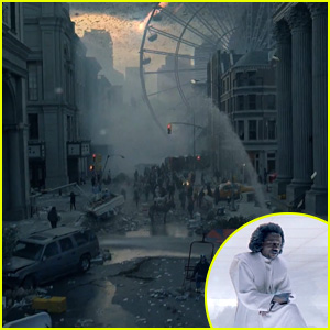 The World is Coming to an End in Mophie Super Bowl 2015 Commercial - Watch Now!