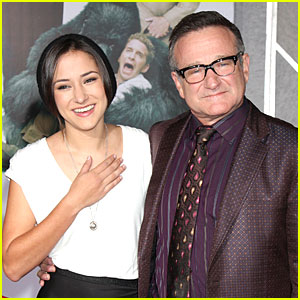 Robin Williams' Daughter Zelda Talks About Her Father's Death in New Interview (Video)