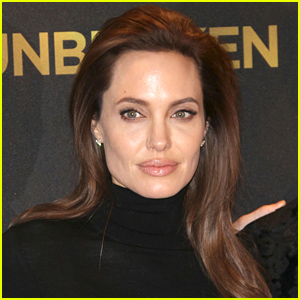 Medical Professionals Praise Angelina Jolie's Decision to Write About Her Medical Diagnosis
