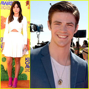 Grant Gustin & Chloe Bennet Take the Stage Together at Kids' Choice Awards 2015