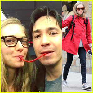 Amanda Seyfried & Justin Long Do the Twizzler Challenge!