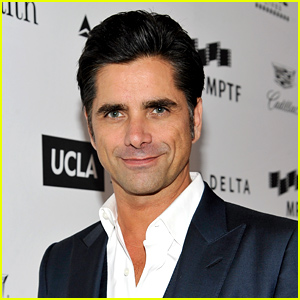 John Stamos Talks With Mary-Kate Olsen After Calling Her Out on Twitter