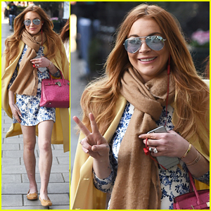Lindsay Lohan Steps Out for Mayfair Day Date!