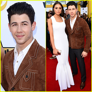 Nick Jonas & Girlfriend Olivia Culpo Hit the ACM Awards 2015