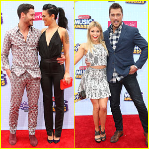 Rumer Willis & Val Chmerkovskiy Take a Break From Dancing at the RDMAs 2015