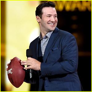 Quarterback Tony Romo Throws Football to Luke Bryan at ACM Awards 2015
